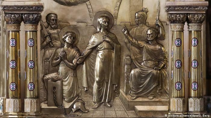 Depiction of St Corona (picture-alliance/dpa/O. Berg)