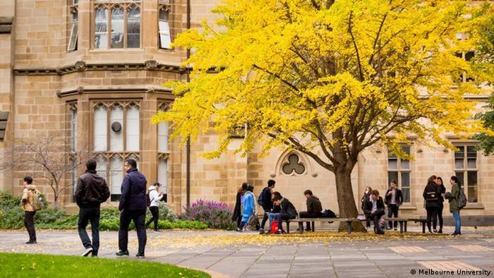 Students outside Melbourne University