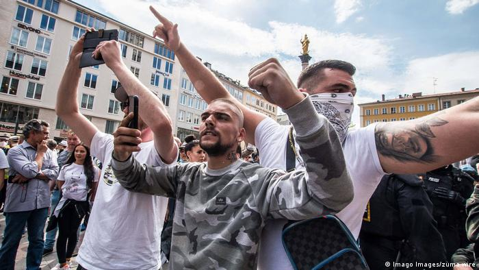 Demonstranten in München bei einer Corona-Demo