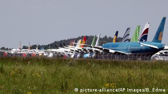 Αεροσκάφη στο αεροδρόμιο Ταρμπ-Λούρδης στη Γαλλία