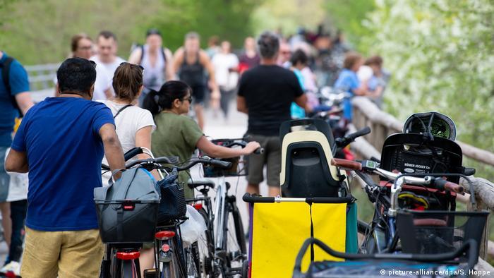 Deutschland Corona-Pandemie Fahrrad | München