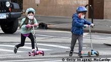 Symbolbilder Kinder mit Mundschutzmasken