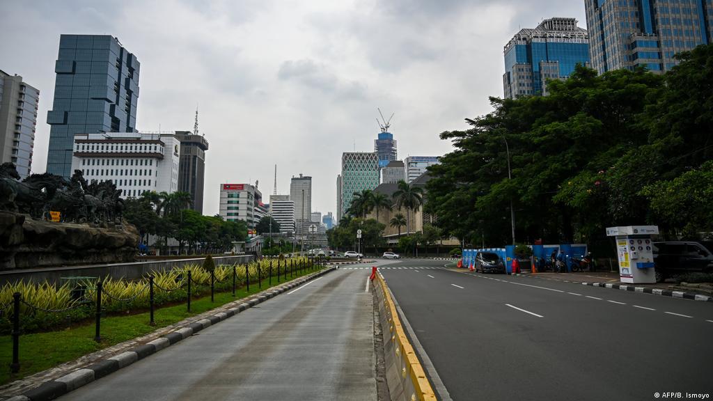 10 ruas jalan dki jakarta ditutup