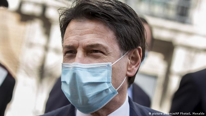 Italien Corona-Pandemie Giuseppe Conte (picture-alliance/AP Photo/L. Monaldo)