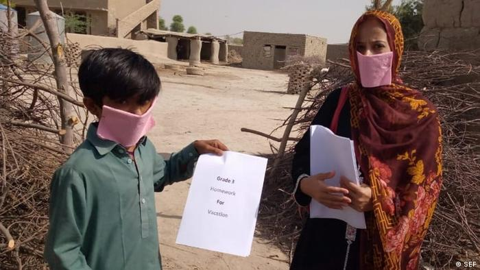 Pakistan Karatschi   Coronavirus   Zu Hause lernen