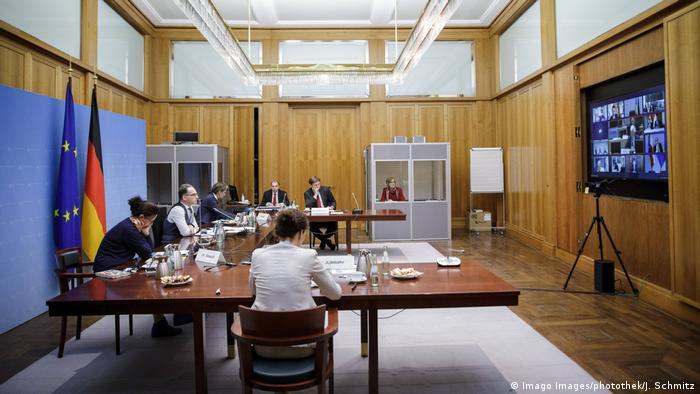 Deutschland Berlin Außenminister Heiko Maas Videokonferenz EU RfAB