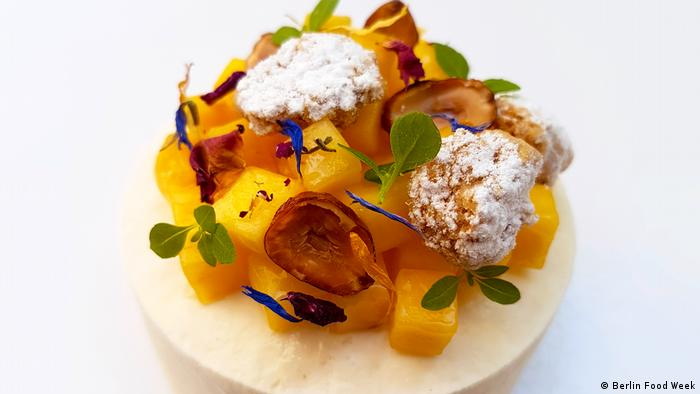 Yoghurt mango cake (Berlin Food Week)