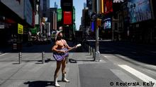 BdTD Manhattan New York City The Naked Cowboy ohne Publikum