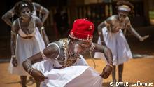 Elfenbeinküste Aniansue | Junge Mädchen | Tanz