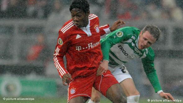 Alaba je zaigrao i u Njemačkom kupu protiv Greuther Fürtha (10.2.2010.), Bayern je pobijedio 6:2