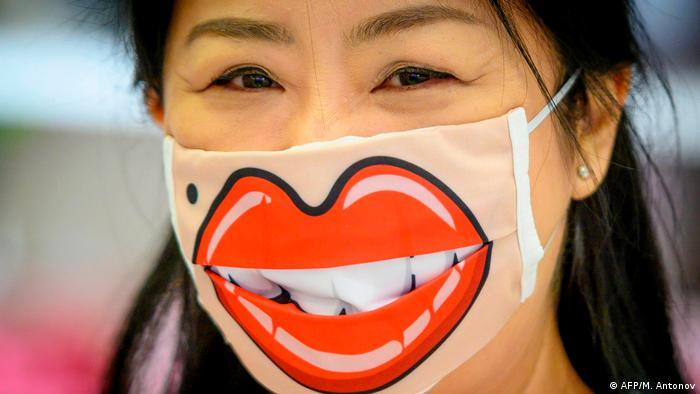 کره جنوبی ماسک را اجباری کرد، اسرائیل اجبار را برداشت