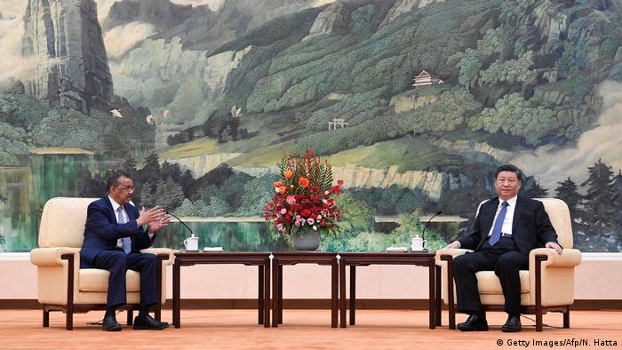 WHO-Chef Tedros Adhanom trifft Chinas Präsidenten Xi jinping (Getty Images/Afp/N. Hatta)