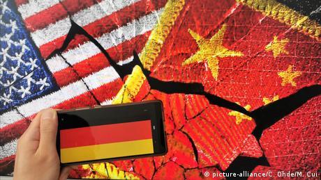 Symbolbild Deutschland und chinesisch-amerikanische Rivalität