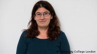 Eszter Szendroi, Professorin für Jiddisch