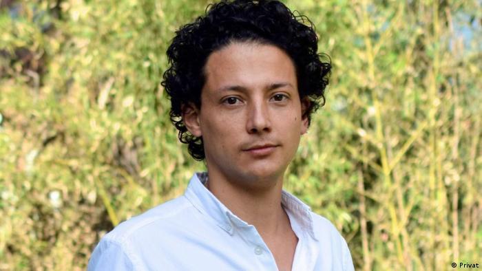 Esteban Ortíz-Ospina: Publicando todos nuestros datos, fuentes y metodologías generamos un proceso de control de la sociedad civil, la prensa y la academia.