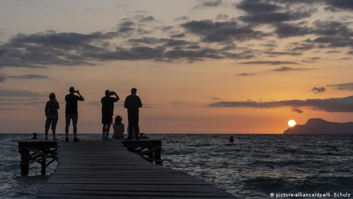Sunset of Mallorca, Spain (picture-alliance/dpa/S. Schulz)