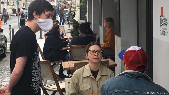 Wiedereröffnung von Restaurants nach Corona-Ausbruch