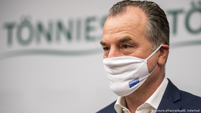 Clemens Tönnies, geschäftsführender Gesellschafter bei Deutschlands größtem Schlachtbetrieb Tönnies (picture-alliance/dpa/D. Inderlied)