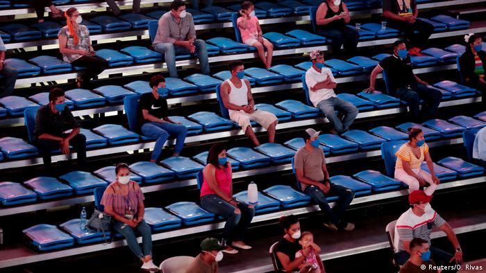 Nicaragua |Sport & Coronavirus |Boxen, Zuschauer (Reuters/O. RIvas)