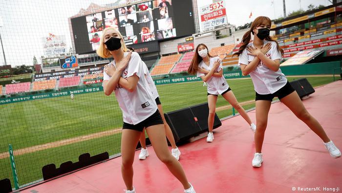 Südkorea |Sport & Coronavirus |Baseball (Reuters/K. Hong-Ji)