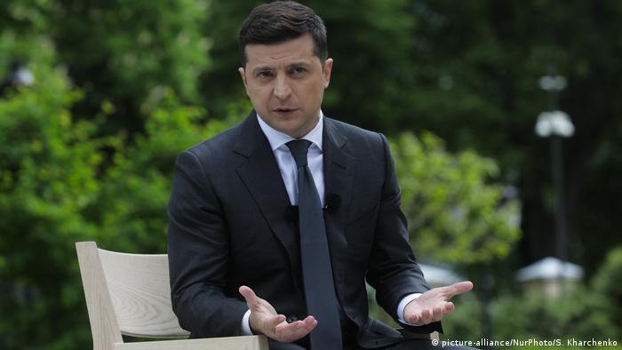Володимир Зеленський на пресконфереції у Києві