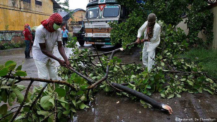 Amphan Kasırgası, Hindistan ve Bangladeş'i vurdu