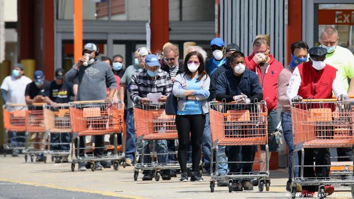 USA | Coronavirus | Menschenmenge | Shopping (Getty Images/B. Bennett)