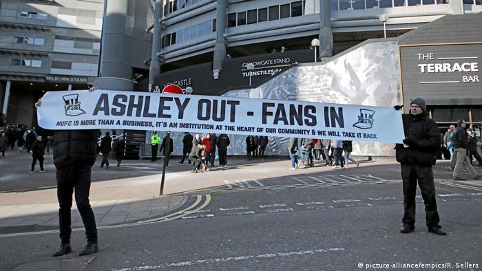 Newcastle UNited fans protesting