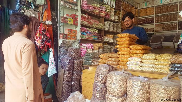کابل پایتخت افغانستان بیشتر از هرجای دیگری شلوغ است و بیشترین شمار متلایان و سرعت شیوع را دارد.