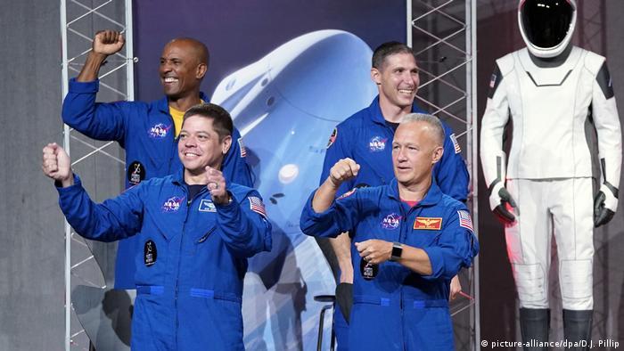Bob Behnken and Doug Hurley with two back up astronauts