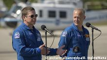 USA NASA Astronauten Robert Behnken und Douglas Hurley mit Crew