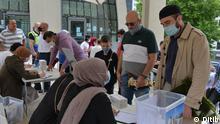 In Deutschland werden die Ramadanfestgebete in den Moscheen aufgrund der Koronarepidemie gemäß Hygienevorschriften und sozialer Distanz durchgeführt.