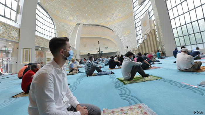 Prayers at a Mosque in Cologne (Ditib)
