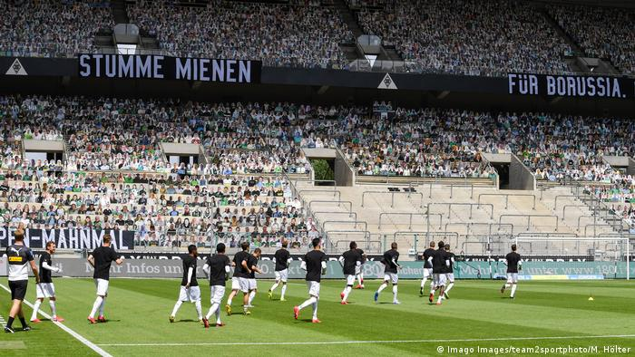 Germany Bans Fans Until End Of October Following Covid 19 Spike Sports German Football And Major International Sports News Dw 27 08 2020