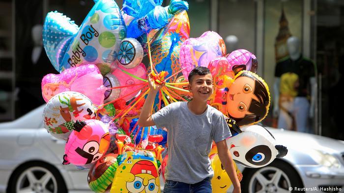 Eid al-Fitr Ramadan weltweit Zuckerfest (Reuters/A. Hashisho)