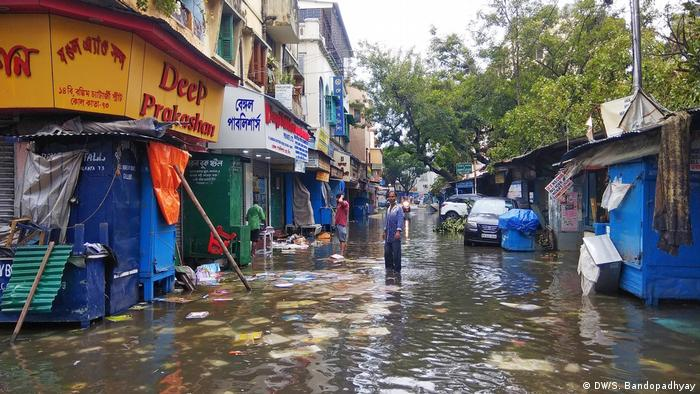 A market in India flooded by Cyclone Amphan