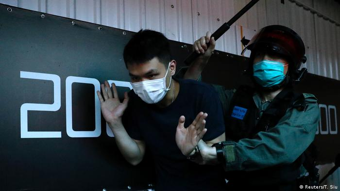 Hongkong Proteste Polizei Polizeigewalt (Reuters/T. Siu)