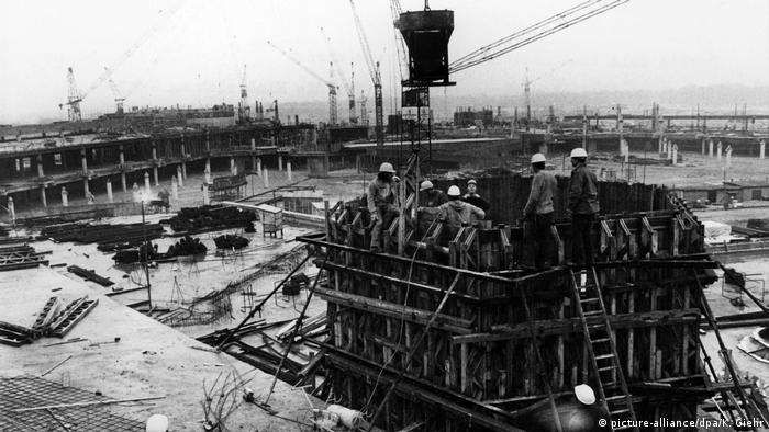 Tegel during construction in 1972