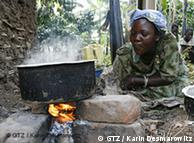 Na África, 90% dos pratos são cozidos geralmente sobre fogo à lenha