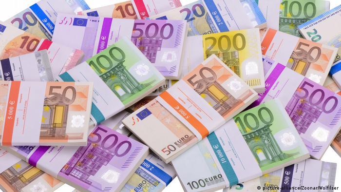Svežnjevi eura