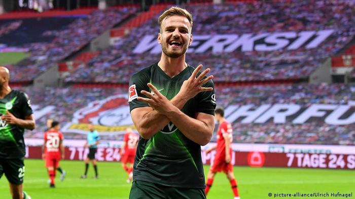 Deutschland Fußball Bundsliga | Bayer 04 Leverkusen - VfL Wolfsburg (picture-alliance/Ulrich Hufnagel)