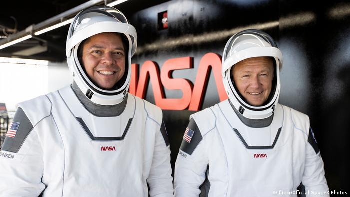 Veteran US astronauts, Robert Behnken (left) and Douglas Hurley (right)