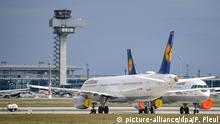 BER Flughafen abgestellte Lufthansa Flugzeuge