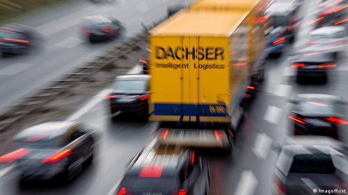 Truck from logistics firm Dachser