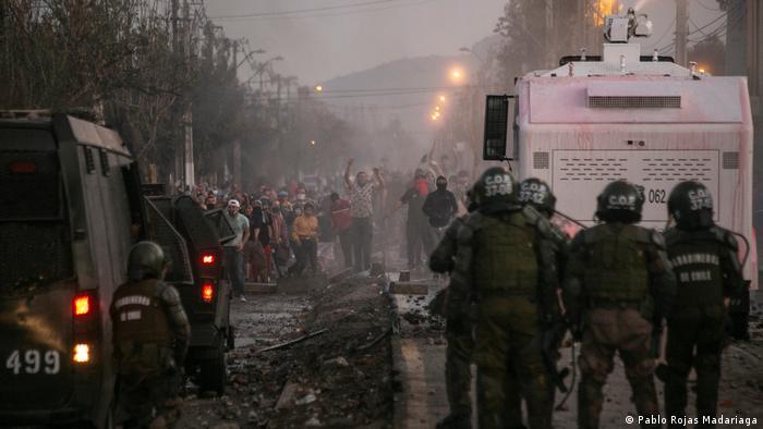 Chile Santiago   El Bosque   Protest