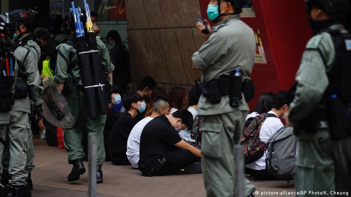 Hongkong Proteste Gesetz Nationalhymne Festnahme