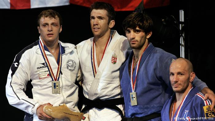 Yoel Razvozov (left) with his silver medal at the 2005 European Judo Championship