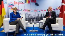 Nato-Gipfel - Angela Merkel und Recep Tayyip Erdogan