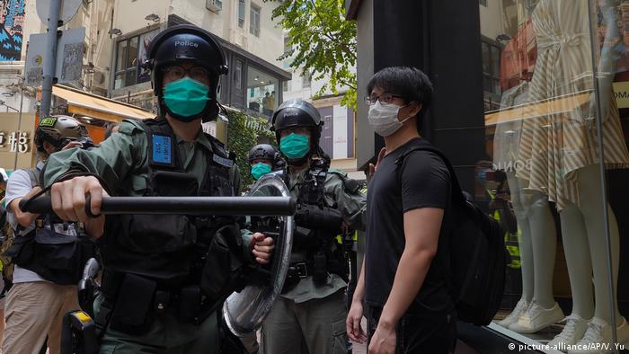 China, Hongkong: Proteste (picture-alliance/AP/V. Yu)