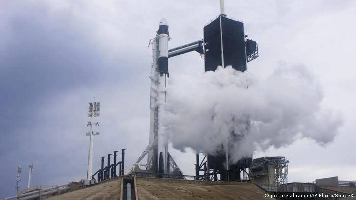 USA Cape Canaveral Startabbruch SpaceX Falcon 9 Rakete (picture-alliance/AP Photo/SpaceX)